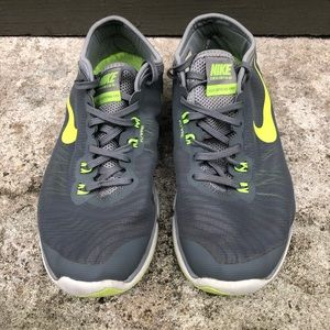 Nike FlyWire Athletic Shoes Size 8 Gray Neon